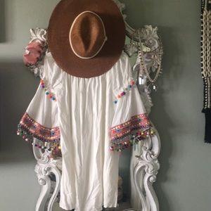 Dresses & Skirts - Beautiful Stella white Mini off shoulder Dress